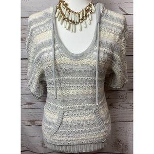 NWOT AEO Gray & Cream Hoodie Sweater Size XS